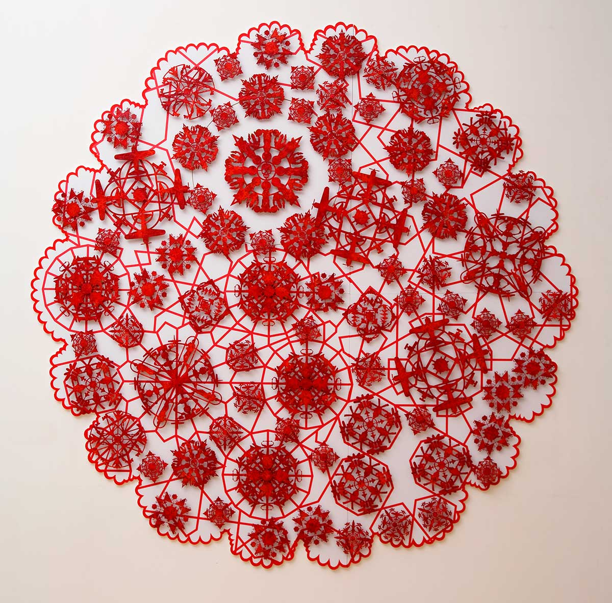 LACE THE FINAL FRONTIER – 2012 | Metal discs, acrylic paint – Approx 2.5 meters diameter. Wall Hung.