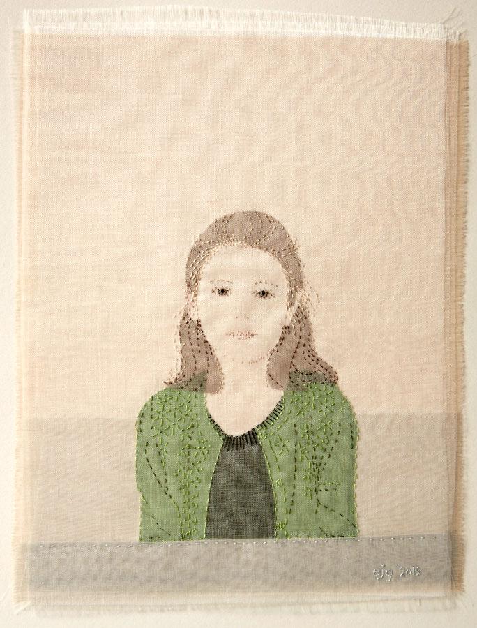 ISLA | Silk organza, linen, hand stitch; 22 x 27cm; Photo: Lol Johnson