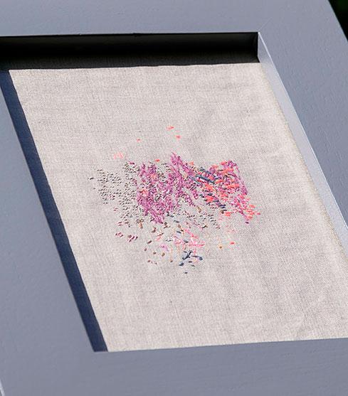 A STITCH TO EVERY SOUND | 2021, linen, hand stitch, 19.5 x 28.8cm | Photo: Julian Abrams